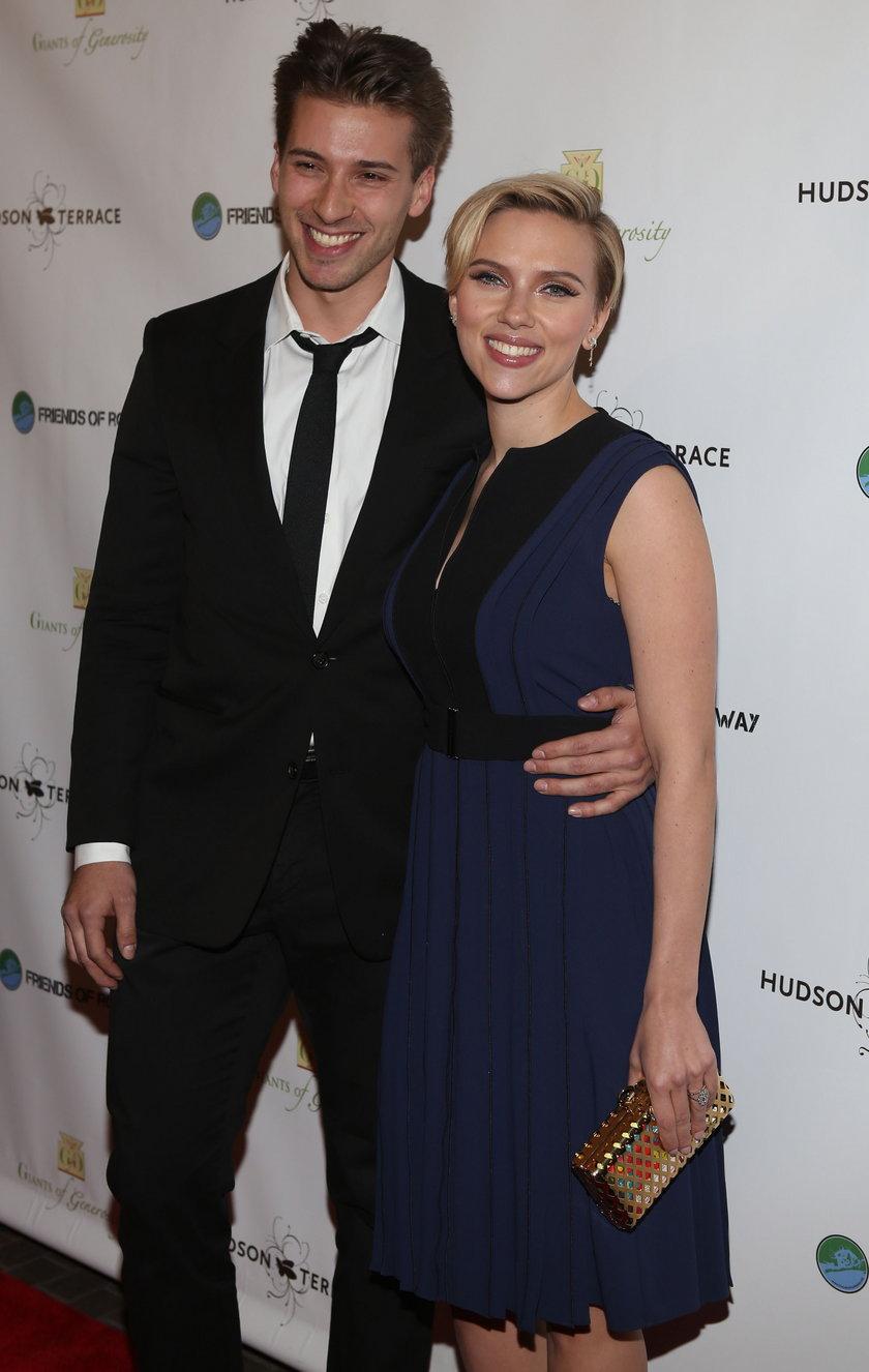Scarlett Johansson i jej brat, Hunter Johansson