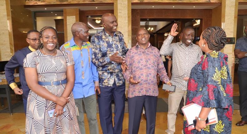 Show of African fashion as President Uhuru Kenyatta receives Governors at State House