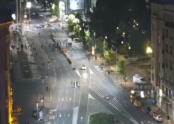 Protesti dan 6 Skupština protesti noć