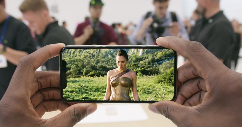 Nowy iPhone X będzie się cieszył dużym zainteresowaniem klientów mimo wygórowanej ceny