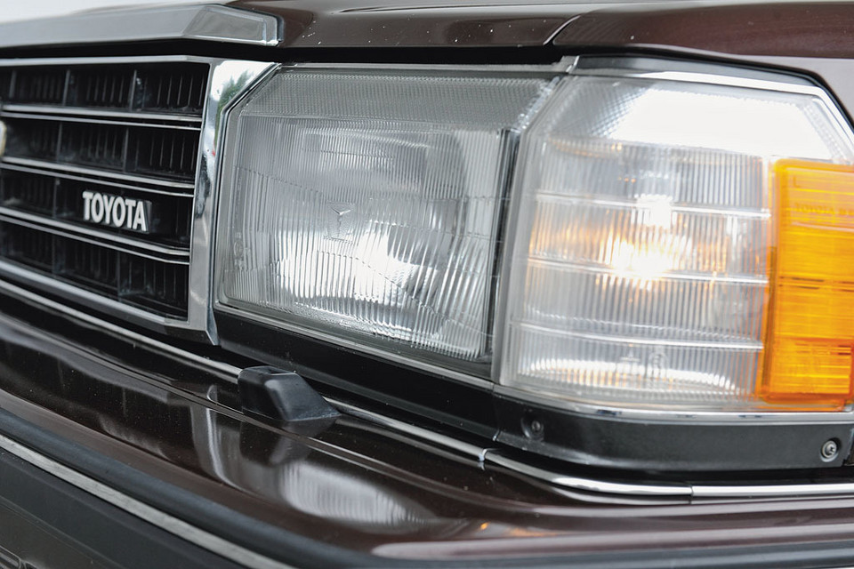 Toyota Crown Super Saloon 2.8i