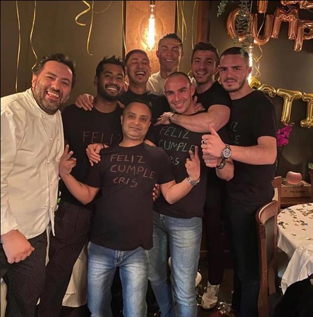 Kristijano sa gostima