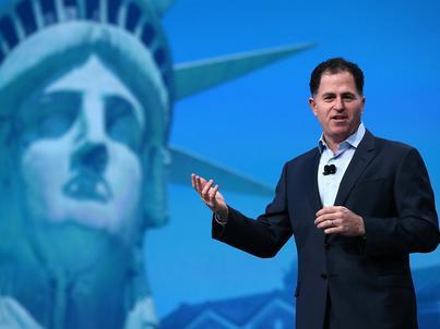 Michael Dell założył firmę w 1984 roku i w pierwszych miesiącach działalności zarobił nieco ponad 130 tysięcy dolarów