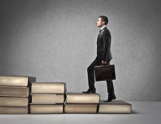 Ścieżki kariery: jak polscy prawnicy odnajdują się na światowym rynku?