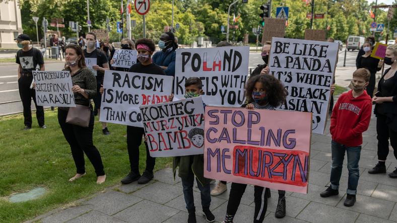 """Czarna Polka Bianka Nwolisa protestuje przeciw nazywaniu jej """"Murzynem"""""""