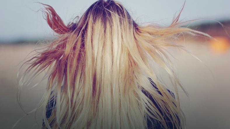 Sennik Włosy Farbowanie Układanie Fryzury Sprawdź