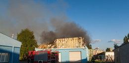 Pożar hali przy ul. Jeleniogórskiej
