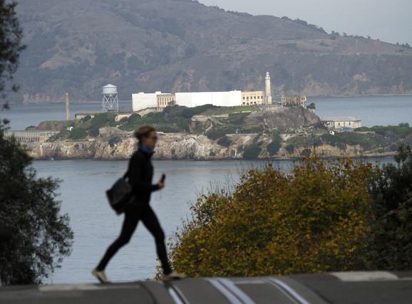 Pogled na Alkatraz iz San Franciska