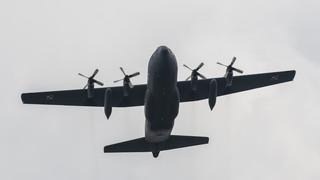 W Warszawie na wojskowym lotnisku wylądowały dwa samoloty z polskimi żołnierzami z Afganistanu