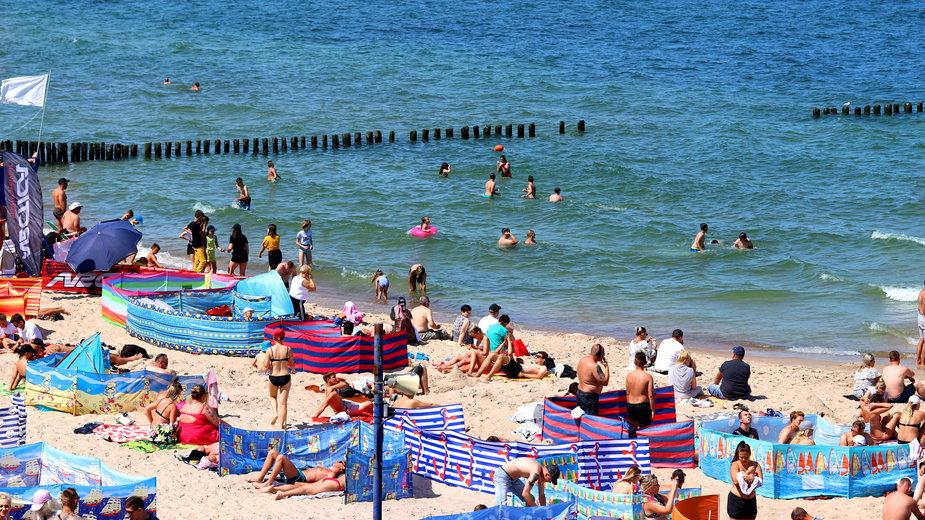 Zachowania, których lepiej unikać na polskiej plaży
