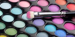 Jak powstał puder i szminka? Historia makijażu