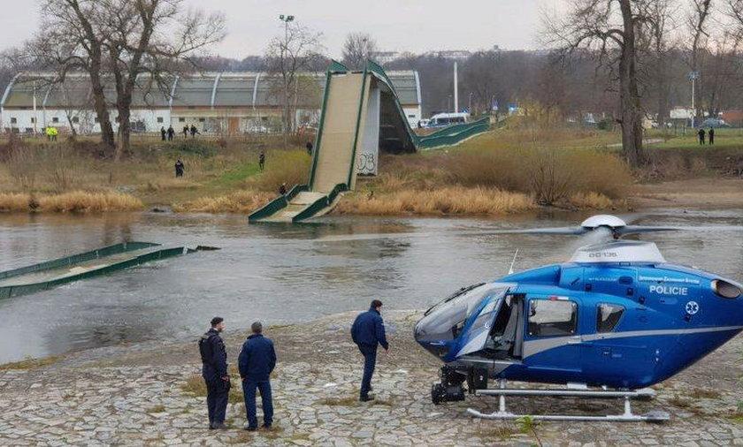 Zawalił się most nad Wełtawą w Pradze. Cztery osoby ranne