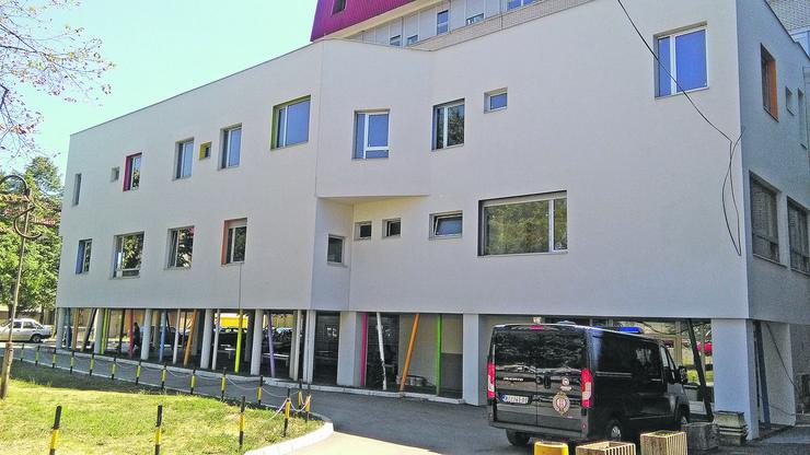 Nis Odeljenje hemato onkologije pri Dečjoj klinici u Nišu, zgrada foto Branko Janackovic