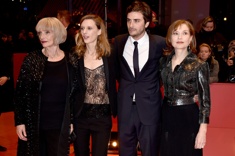 "Edith Scob, Mia Hansen-Love, Roman Kolinka, Isabelle Huppert na premierze ""Things to Come"""