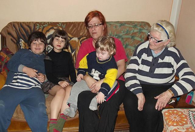 Porodica nađ preživljava od 20.000 dinara