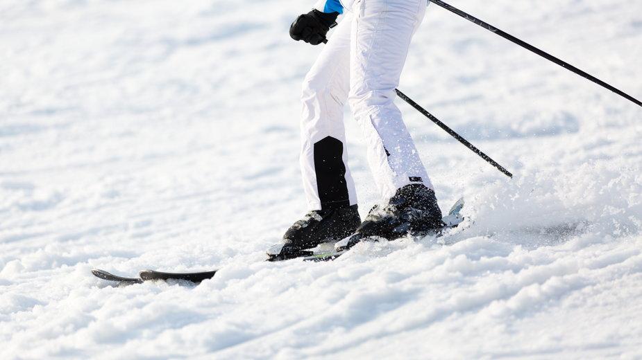 """Stacja organizuje """"rekreacyjny kurs jazdy na nartach i snowboardzie"""""""