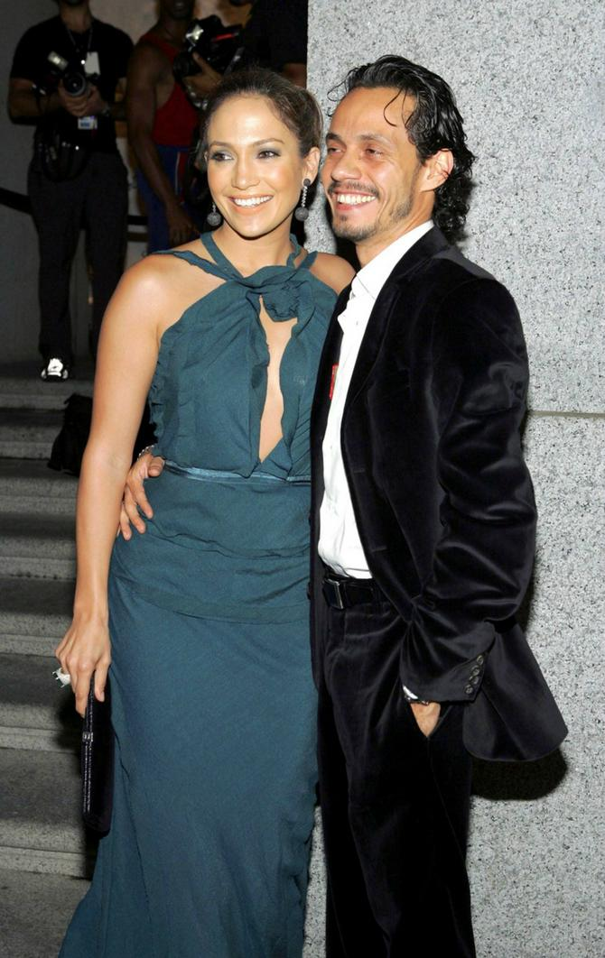 Iz decenije bračne ljubavi Dženifer Loper i Marka Entoniija rođeni su blizanci Ema i Maks