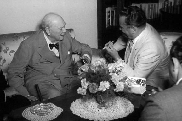 Čerčil i Tito