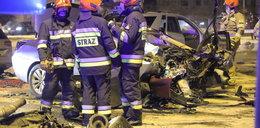 Potworny karambol w Łodzi. Siedem samochodów zderzyło się na skrzyżowaniu al. Jana Pawła II z Obywatelską