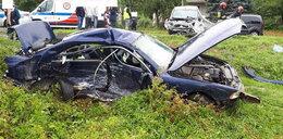 Rozbiła BMW, wioząc dwoje dzieci. 3-latka reanimowana