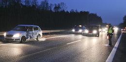 Groźny wypadek trzech aut. Sprawca zasnął