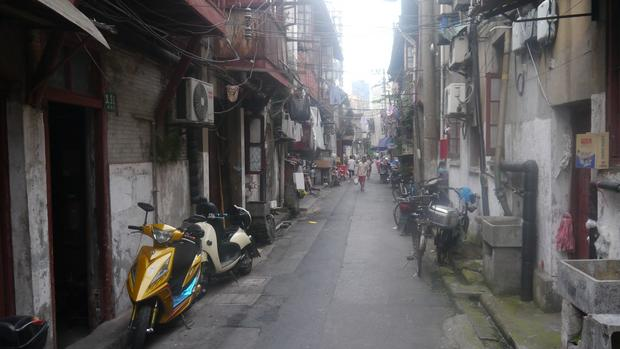 Szanghaj to wciąż nie tylko błyszczące nowością wieżowce, ale także dzielnice, w których czas się zatrzymał