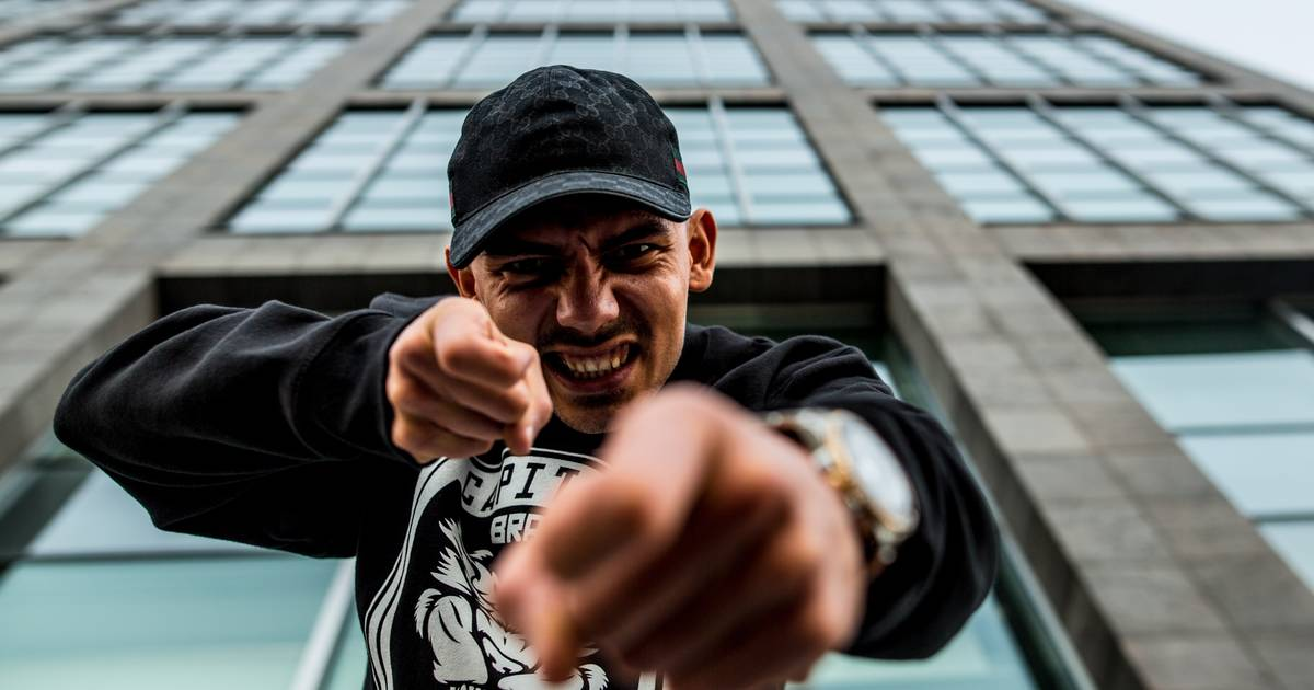 Capital Bra: Polizei ermittelt wegen Instagram-Story gegen den Rap-Star