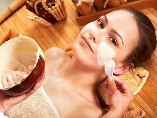 Polskie kosmetyki zdobywają rynki unijną jakością i krajowymi cenami