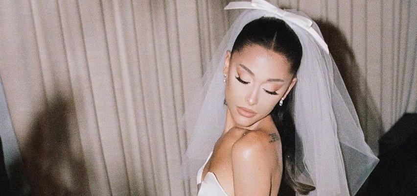 Ariana Grande pokazała zdjęcia z sekretnego ślubu! Piękne dekoracje i zjawiskowa suknia piosenkarki zachwyciły fanów
