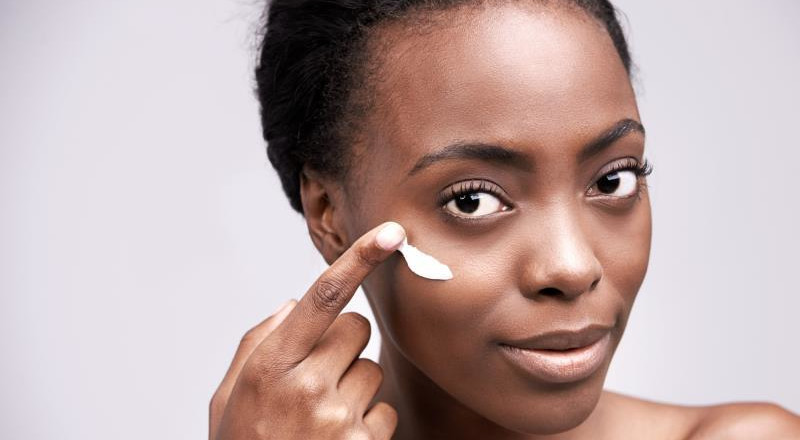 Toning VS Bleaching: Get to know about these confused beauty terms