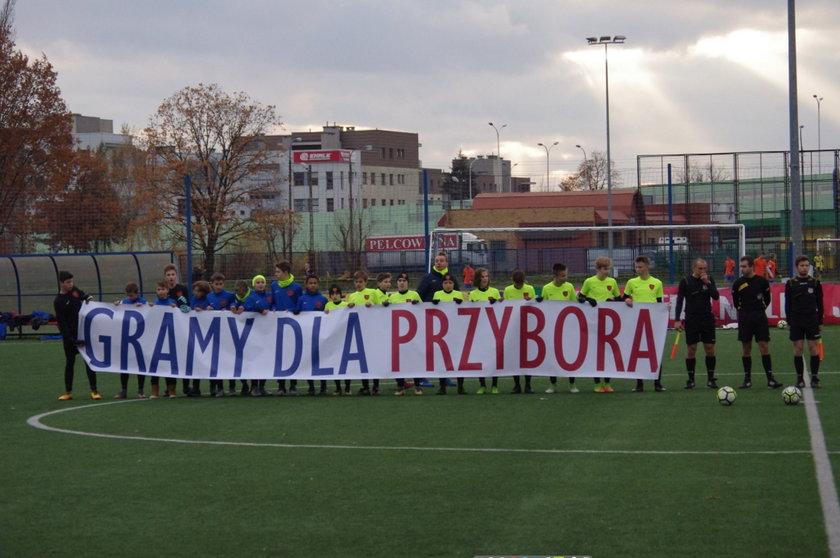Escola Varsovia gra dla Przybora