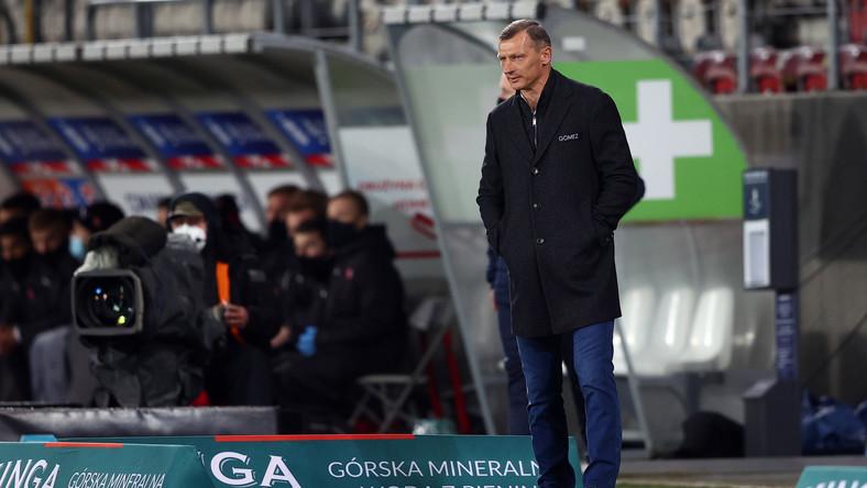 Trener Lecha Poznań Dariusz Żuraw podczas meczu 23. kolejki piłkarskiej Ekstraklasy z Cracovią