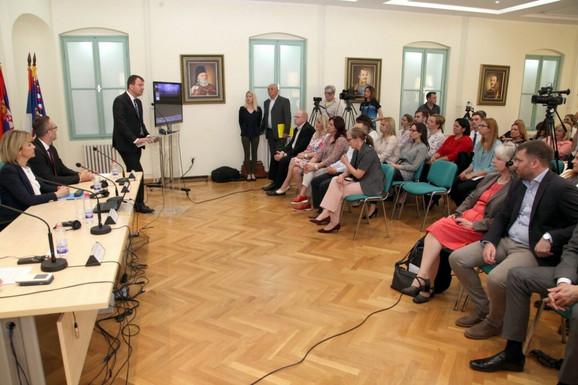 Igor Mirović na predavanju Centra za istraživanje i studije turizma