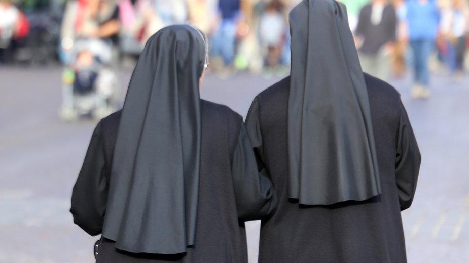 Prokuratura zbada, czy siostry zakonne głosowały za pacjentki