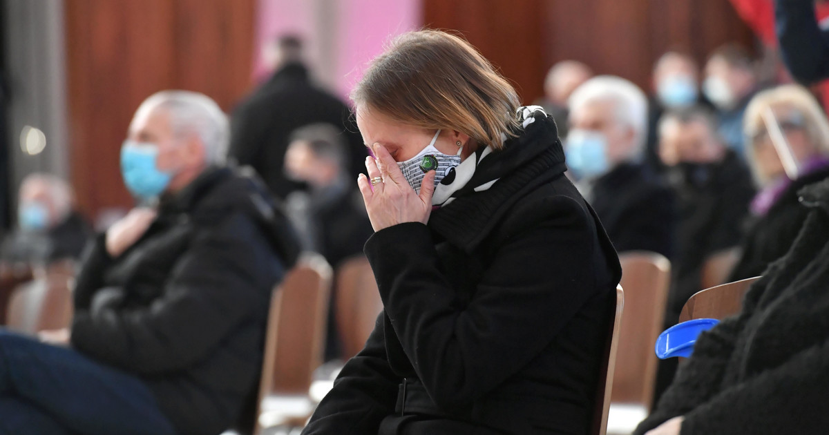 Iwona Szurkowska wyznaje: miałam myśli samobójcze po śmierci ...