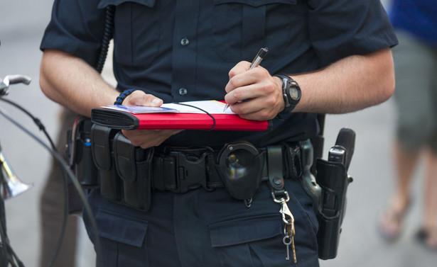 MSWiA informowało, że w pierwszym etapie policja zostanie wyposażona w 2 tys. terminali płatniczych.