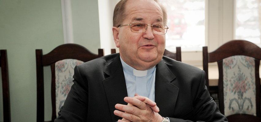 Na tym zarabia ojciec Rydzyk! Cena Pisma Świętego robi wrażenie