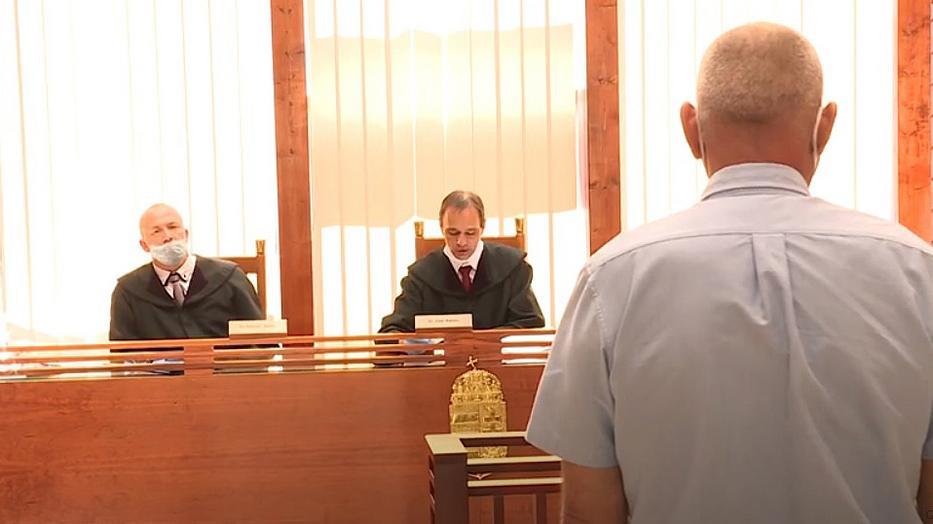 A Debreceni Ítélőtábla jogerősen öt év letöltendő börtönbüntetésre ítélte a múlt hónapban Osikát.