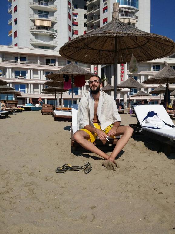 Lepe plaže, besplatni suncobrani...