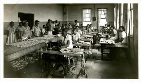 Žene šiju u Zatvoru Parčmen