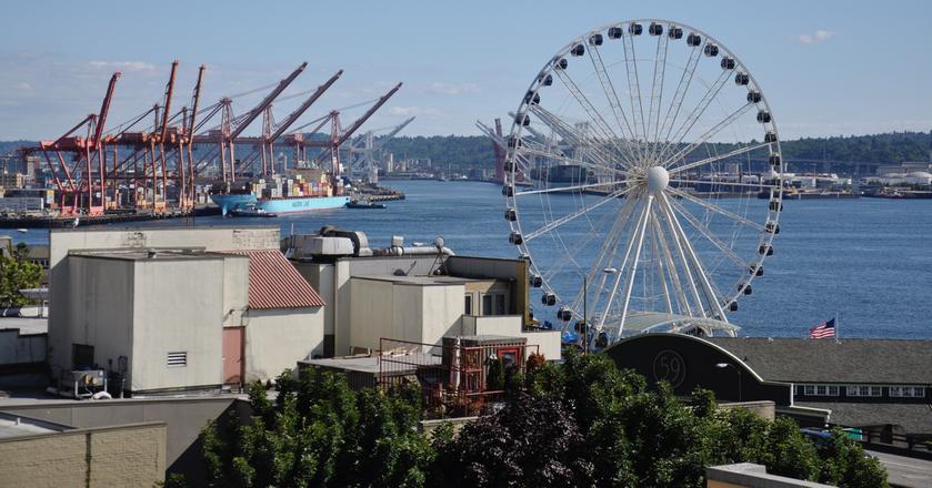 To nie London Eye, lecz Seattle Great Wheel. To największy diabelski młyn na zachodnim wybrzeżu USA - jego całkowita wysokość to 53,3 m. Dla porównania, London Eye jest ponad dwukrotnie wyższe - ma 135 m