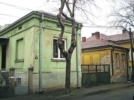 Dinčić je, kako saznajemo, u Srbiju ušao sa legalnim srpskim pasošem na ime Saša Ristić u oktobru prošle godine: Kuća u kojoj je boravio