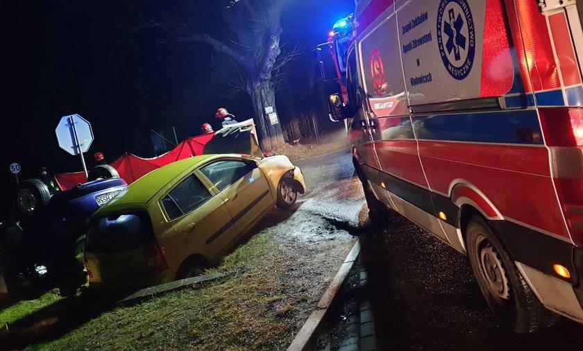 Makabryczny wypadek pod Wadowicami. 1 osoba nie żyje, wielu rannych