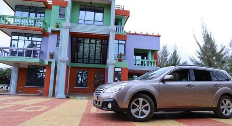 Stylish MP surprises wife with a luxurious car, pours his heart out in a romantic poem [Photos]