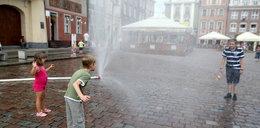 Kurtyny wodne już działają