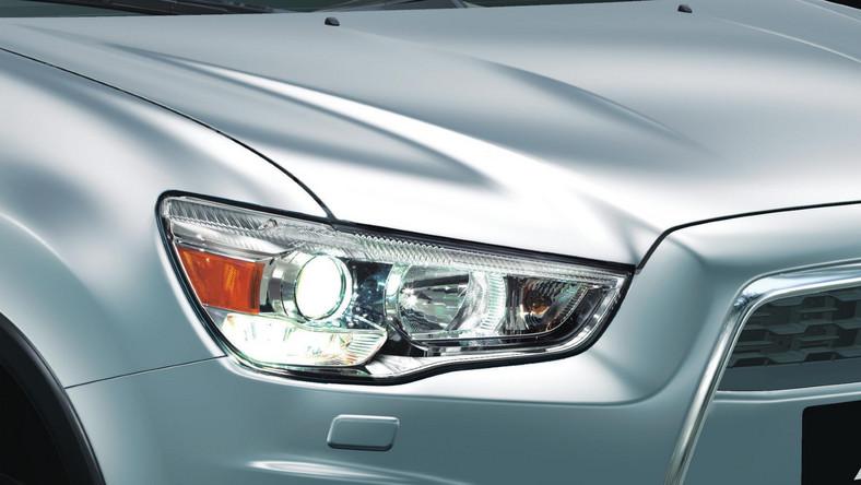 Na rynku debiutuje nowa odsłona najpopularniejszego modelu Mitsubishi w Polsce i Europie. Crossover ASX jedzie na podbój kieszeni kierowców uzbrojony w nowy, turbodoładowany silnik Diesla o pojemności 1.6 i mocy 114 KM (maksymalny moment obrotowy 270 Nm przy 1750 obrotów na minutę). Wiadomo, że nowy silnik zastąpi dostępną dotychczas jednostkę Diesla i będzie oferowany w dwóch konfiguracjach - z napędem na jedną lub dwie osie i manualną, 6-biegową przekładnią.