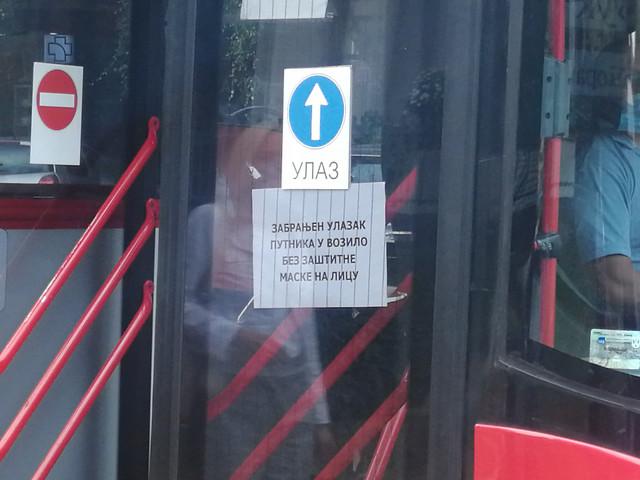 Obaveštenje za maske u autobusu