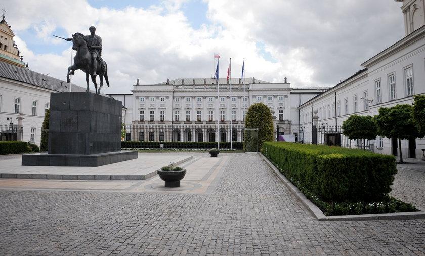 PiS przesunie słynny pomnik, żeby zrobić miejsce dla Kaczyńskiego?