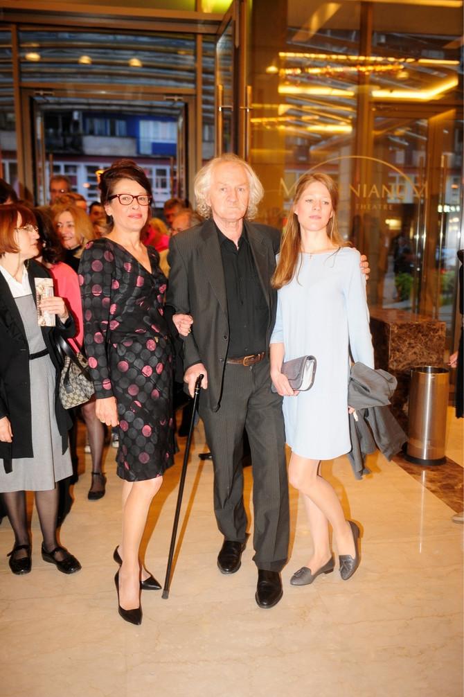 Beba Marinković sa suprugom Ciletom Marinkovićem i ćerkom Danicom Karađorđević