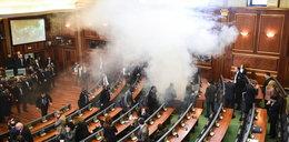 Ale awantura! Posłowie rozpylili gaz w parlamencie